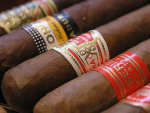kepek_cuban-cigars-photo-by-foll-cedric_1238238791.jpg